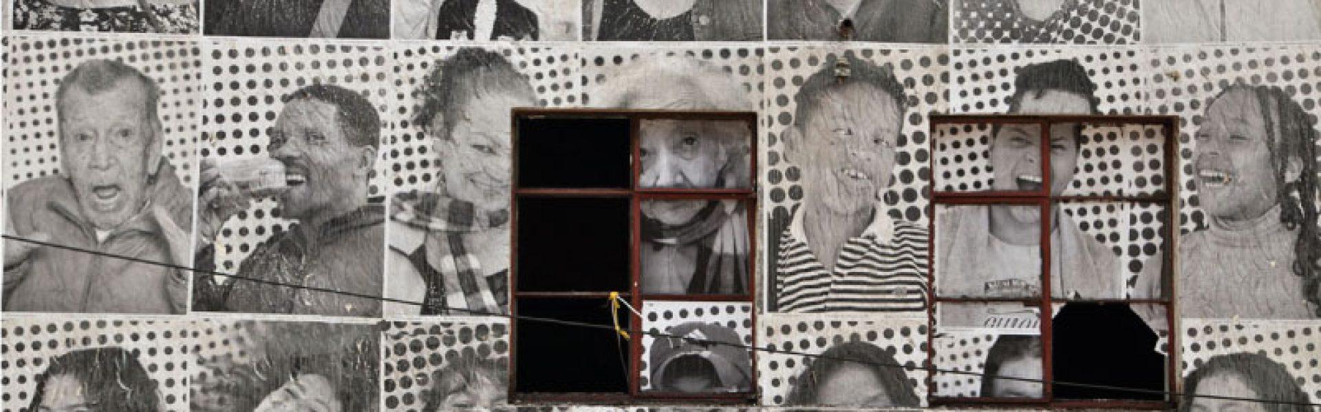 El-Bronx-Distrito-Creativo-se-convierte-en-una-galería-de-arte-al-aire-libre